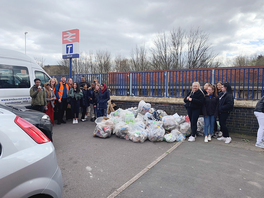 Darnall station community clean-up